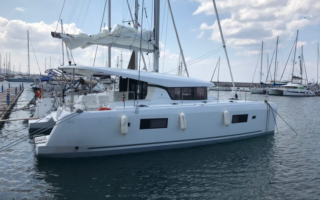 New girl in town | Arrival of our Lagoon 42 Beauty L
